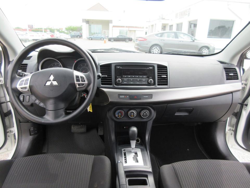 2015 Mitsubishi Lancer ES CVT