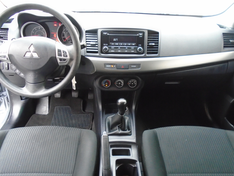 2015 Mitsubishi Lancer ES 5M