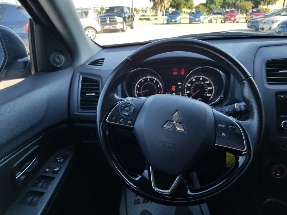 2016 Mitsubishi Outlander Sport 2.0 ES CVT