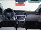 2015 Hyundai Sonata SE thumbnail