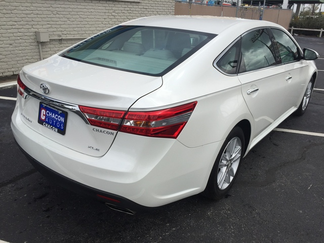 used 2014 toyota avalon for sale u092630 chacon autos. Black Bedroom Furniture Sets. Home Design Ideas