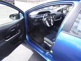 2015 Toyota Prius c Two thumbnail