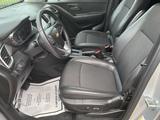 2017 Chevrolet Trax LT FWD thumbnail
