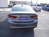 2017 Hyundai Elantra SE 6AT thumbnail
