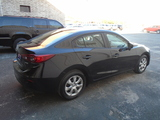 2015 Mazda MAZDA3 i Sport AT 4-Door thumbnail