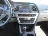2015 Hyundai Sonata Sport thumbnail