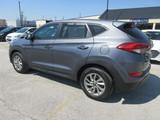 2016 Hyundai Tucson SE thumbnail