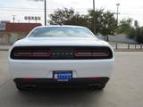 2016 Dodge Challenger SXT thumbnail