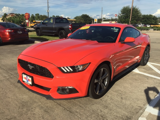 used 2015 ford mustang for sale u306783 chacon autos. Black Bedroom Furniture Sets. Home Design Ideas