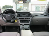 2017 Hyundai Sonata SE thumbnail