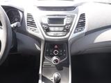 2016 Hyundai Elantra Limited thumbnail