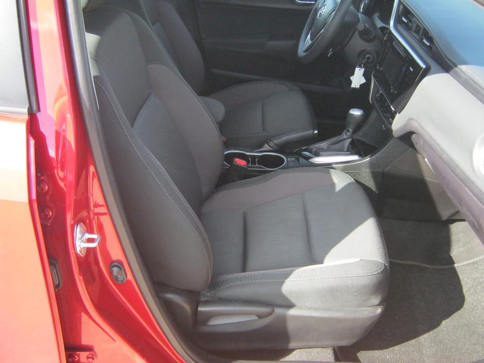 2017 Toyota Corolla SE CVT