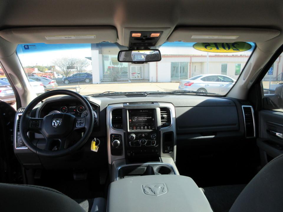 2015 Ram 1500 SLT Crew Cab SWB 2WD