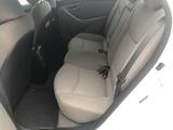 2016 Hyundai Elantra SE 6AT thumbnail