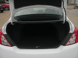 2018 Nissan Versa 1.6 SV Sedan thumbnail