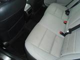 2015 Toyota Camry SE thumbnail